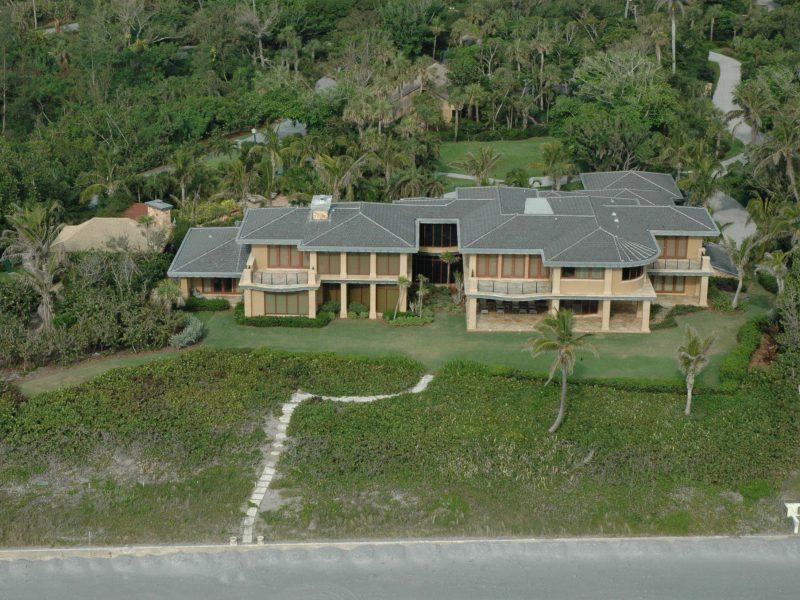 Jupiter Island Home Roof